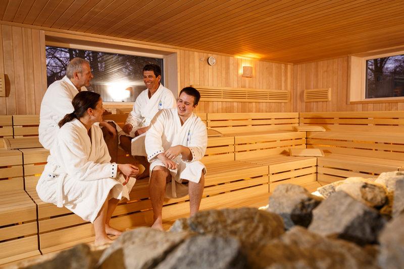 gesundheitszentrum waldsee therme wasser w rme wohlbefinden wellness stars. Black Bedroom Furniture Sets. Home Design Ideas